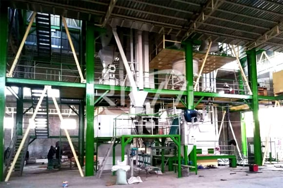 Chicken feed mill plant