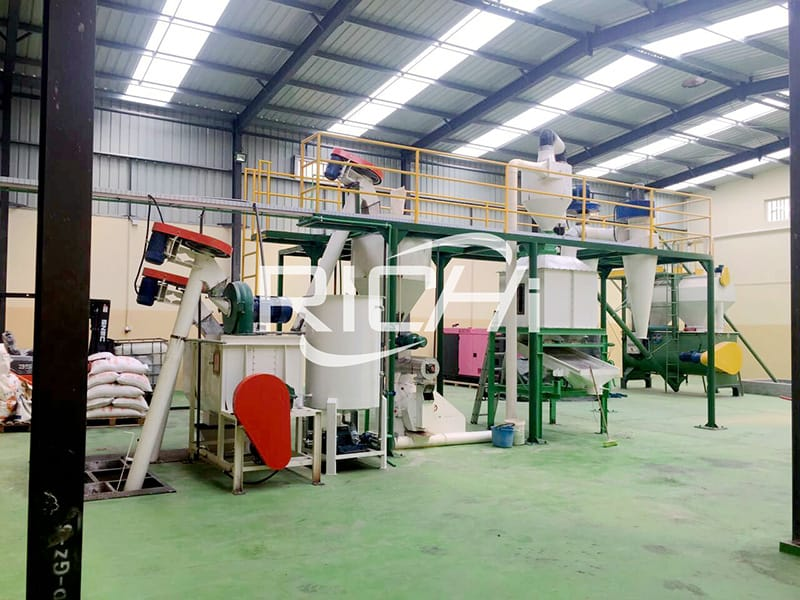 2tph computer control feed plant for processing animal poultry chicken feed