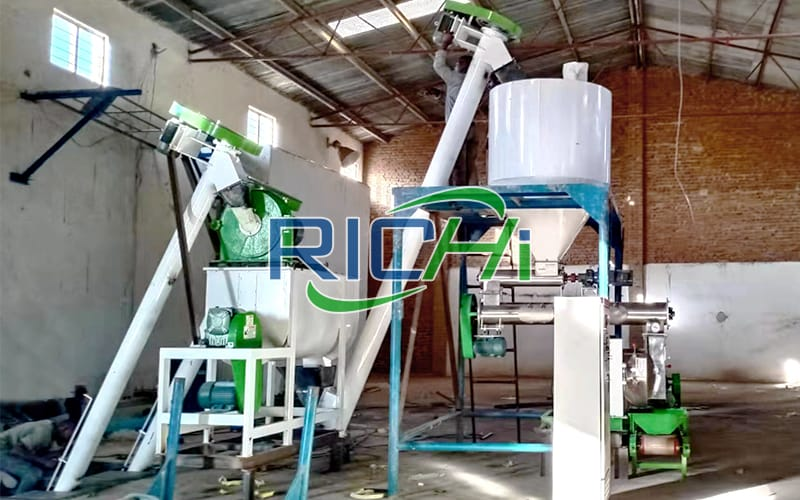 Poultry Feed Pellet Machine Animal Food Block Making Machine