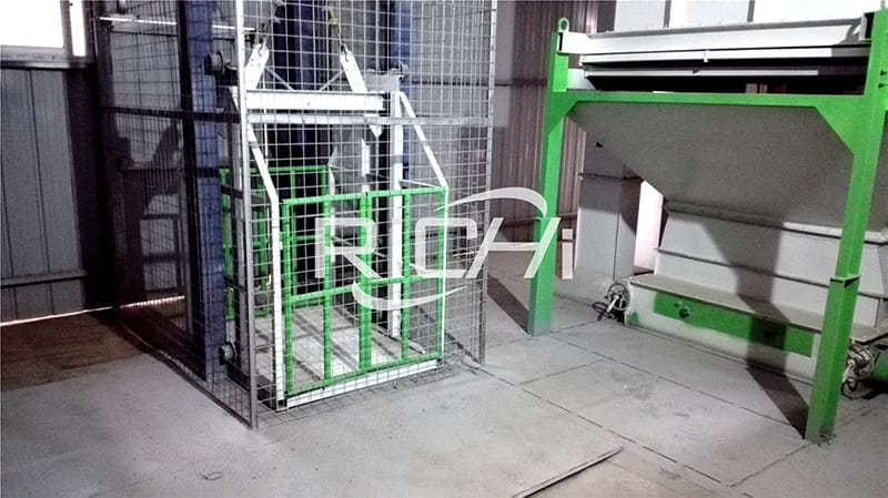 poultry feed production pullets makerequipment